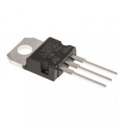 Regulador De Voltaje L7805CV